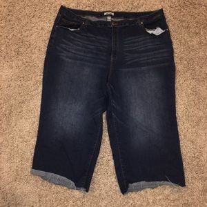 Refugee+ Cropped Jeans